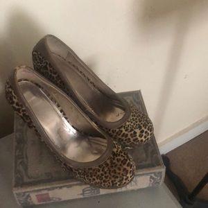 Leopard heels baby phat size 7